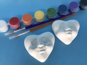 Acrylic Kit-Mood Faces Pair H3cm W8.5cm L6cm a suitable pair of 4 different faces will be provided