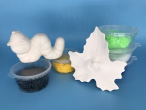 Foam Clay Kit-Worm With Hat and Smiley Leaf Pair (Worm H4cm W7.5cm D2.5cm Leaf H7cm W7.5cm D1.5cm)